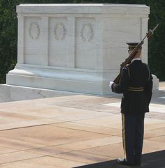 Arlingron Cemetary. Tomb of the Unknown Soldier