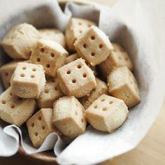 四角い形がキュート!簡単&サクサクな「キューブクッキー」はいかが?|暮らしニスタ