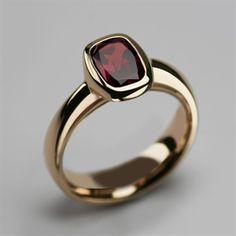 Gold Rings Jewelry, Eye Jewelry, Beaded Rings, Jewellery, Gold Jewelry Simple, Gold Ring Designs, Mens Ring Designs, Silver Rings Handmade, Garnet Rings