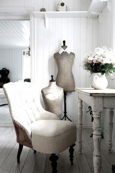 10 décors shabby chic | Les idées de ma maison Photo: ©hannedagbok.blogspot.ca #deco #shabbychic #inspiration #idees #romantique #fraicheur #bois