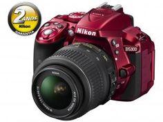 "Câmera Digital Profissional Nikon D5300 24.2MP - LCD 3.2"" Giratório Filma Full HD Lente 18-55mm"
