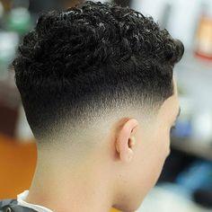 How to do Drop Fade Low Fade Haircut Drop Fade Haircut, Tapered Haircut, Barber Haircuts, Haircuts For Men, Black Men Hairstyles, Hairstyles Haircuts, Hair And Beard Styles, Curly Hair Styles, Hair Designs For Men