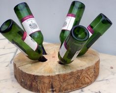 Keep your #wine in this #WineRack made from a piece of wood, simple but effective.