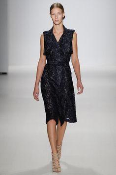 Tadashi Shoji Spring 2015 Ready-to-Wear Collection Slideshow on Style.com