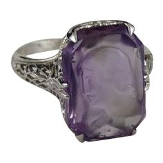 Art Deco Carved Cameo Amethyst and 18K White Gold Filigree Ring