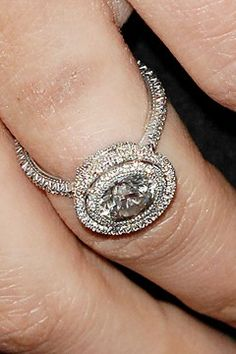 NATALIE PORTMAN - Jeweller Jaime Wolf designed the ring - featuring conflict-free diamonds and recycled platinum.