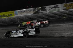 DIRT LATE MODEL: 3-Wide At Knoxville Raceway http://RacingNewsNetwork.com/2013/10/04/lucas-oil-late-model-nationals-photos/ #racing #racingcar #racingphotography #racer #race #racecar #racingcar #racingcircuits #racingtrack #racingteams #car #cars #stevefrancis #georgiaboot #lucasoil #dononeal #earlpearson #earlpearsonjr #knoxvilleraceway #knoxvillenationals #dirttrackracing #dirttrack #dirttracker #dirtlatemodel #latemodelracing #latemodels #red