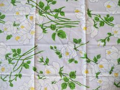 Vintage Sheet Fat Quarter - White Roses