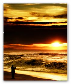 Ocean at sunset. France, Biarritz, Waves, Amazing Sunsets, Ocean Beach, Beach Sunrise, Ocean Sunset, Beautiful Sunrise, Imagines