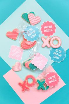 Get these free printable Valentine's for any cookie treats you give this holiday.  -Valentine's Day, Valentine's, Sugar Cookies, Hugs and Kisses