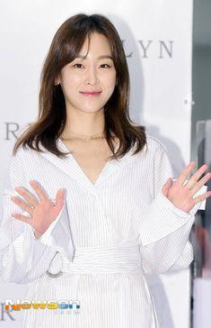 Korean Actresses, Korean Actors, Jin Photo, Seo Hyun Jin, Korean Beauty, Asian Woman, Kdrama, Photo Galleries, Female