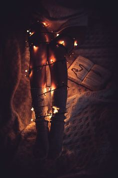 *** de Vladimir Sobko-Foto 55254984 / vital external Lighting Basics Its simple to bow Fairy Light Photography, Christmas Photography, Tumblr Photography, Boudoir Photography, Creative Photography, Travel Photography, Mode Poster, Photo Portrait, Instagram Christmas