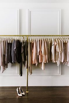 4 Steps To Get Your Closet Spring-Ready & A Common Wardrobe Mistake To Avoid | Visual Therapy