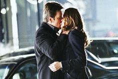 Castle-kiss-Beckett-1