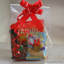 Cellophane Gift Bags, Wraps, Gift Wrapping, Packaging, Bows, Make It Yourself, Craft Displays, Customer Service, Amazon