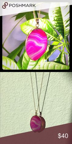 Pink Agate NecklaceV-Day SALE Pink precious agate necklace. 18k gold plated alloy.NWT Jewelry Necklaces