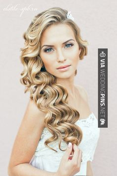 So awesome - we ♥ this!   CHECK OUT MORE GREAT WEDDING HAIRSTYLES AND WEDDING HAIRSTYLE PHOTOS AT WEDDINGPINS.NET   #weddings #hair #weddinghair #weddinghairstyles #hairstyles #events #forweddings #iloveweddings #romance #beauty #planners #fashion #weddingphotos #weddingpictures