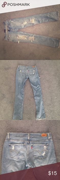 Levi's skinny jeans size 9 regular These jeans are super comfy ! They fit a little smaller than a normal 9. ❤️ Levi's Jeans Skinny
