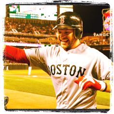 Ross' 2 HR gives #Redsox win!