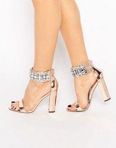 HI AND LOW Embellished Heeled Sandals Scarpe Sandali f4b3ba4580f