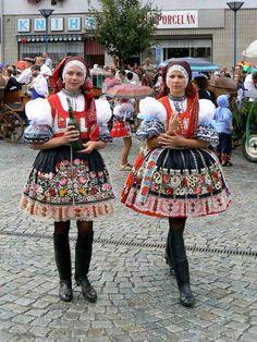 kroje jižní morava - costumes South Moravia Czech republic Kyjovský kroj