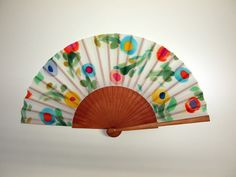 Hand fan Handpainted Silk- Abanico-Wedding gift-Giveaways-Bridesmaids- Spanish hand fan - Flowers Hand Fan 17 x 9 inches (43 cm x 23 cm) de gilbea en Etsy