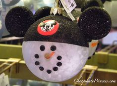 Mickey Mouse Christmas Ornament.... This would be so awesome since I have been doing snowmen every year and just add the Minnie mouse!