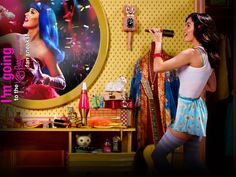 "TODAY only!! Catch the exclusive fan sneak peeks of ""Katy Perry: Part of Me""! Get tix now: www.KatyPerryPartofMe.com/Sneaks #KP3D"