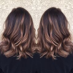 Rose Gold Balayage + Rooted with Mocha Color/Cut/Styl Balayage Or Rose + Racine avec Couleur Moka / Cut / Styl Brown Ombre Hair, Brown Hair Balayage, Ombre Hair Color, Balayage Bob, Rose Gold Balayage Brunettes, Balayage Brunette Short, Brown Lob, Brunette Hair, Gold Hair Colors