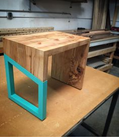Woodworking Bench Miter Saw and Wood Working Gifts Wall Hangings. Woodworking For Kids, Woodworking Joints, Woodworking Workbench, Woodworking Workshop, Woodworking Furniture, Furniture Plans, Woodworking Crafts, Diy Furniture, Workbench Designs