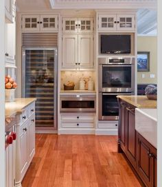 Please please please can I have this kitchen? Traditional Kitchen Open Concept Kitchen Design, Pictures, Remodel, Decor and Ideas White Kitchen Interior, Interior Design Kitchen, Kitchen Designs, Kitchen White, Country Kitchen, Modern Interior, Modern Decor, Home Design, Design Ideas