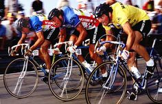 1981 8/7 rit 12b Zolder > Eddy Planckaert (left), Guido Van Calster (centre), and world champion and race leader Bernard Hinault sprint for the line. Planckaert wins