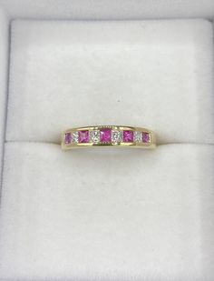 Jonc semi-éternité en or jaune avec diamants et rubis véritable Charmed, Afin, Bracelets, Jewelry, Products, Bangle Bracelet, The Body, Ring, Human Height