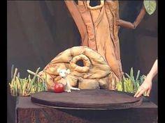 Poppentheater Peterselie speelt Muis zoekt huis - YouTube