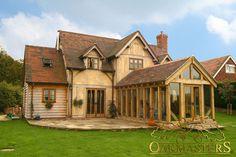 Stunning and bespoke oak framed building with oak extension.