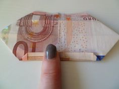 I made this money butterfly for my best friend birthday. I think it's a lovely idea to give money like this instead of a simple envel...