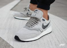 Nike // Nike Air Odyssey LTR (Lunar Grey / Tumbled Grey - Moon Grey) suede. ... not sure if men's or women's