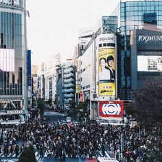 The Shibuya Scramble #instagramjapan #IG_JAPAN by williamhoki