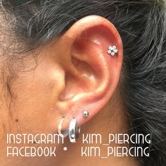 helix piercing with NeoMetal flower done at skin-a-matic, Nijmegen