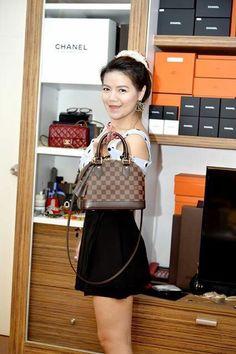 Review ‼️ LV Alma BB สวยน่ารักมากๆค่ะ  สินค้าสนใจสอบถามแม่ค้าได้ค่ะ‼️ - Iris Shop