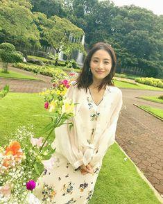 Asian Woman, Asian Girl, Satomi Ishihara, Oriental, Beauty Advice, Asian Actors, Japanese Girl, Pretty Dresses, Art Girl