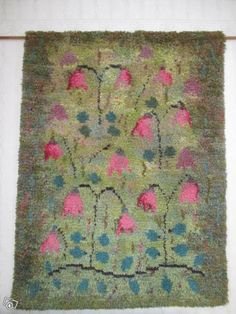 Art Textile, Textile Patterns, Rya Rug, Shabby Chic Art, Patterned Carpet, Textiles, Rug Hooking, Floor Rugs, Fiber Art