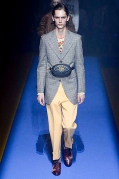 Gucci Spring 2018 Ready-to-Wear  Fashion Show - Ilja Van Vuuren