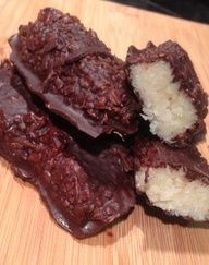 Home Made Low Carb Mounds Bars from Low Carb Zombie #Cake