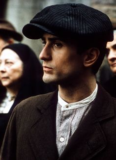 Best Supporting Actor 1975 - Robert De Niro Vito Corleone in The Godfather: Part II  (Oscars/Academy Awards)