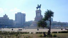 El monumento a Máximo Gómez es un conjunto escultórico construido por el italiano Aldo Gamba en 1935. El general dominicano Máximo Gomez fué uno de los principales jefes militares durante las Guerras de la Independencia de Cuba. Lideró a las tropas mambisas contra las autoridades españolas durante la Guerra de los Diez Años y se negó a firmar la Paz de Zanjón en 1878.