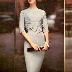 Pleated dress - 1940s vintage wiggle dress