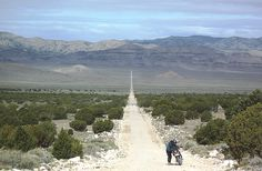 On the Trans-America Trail in Nevada with GruppeTAT