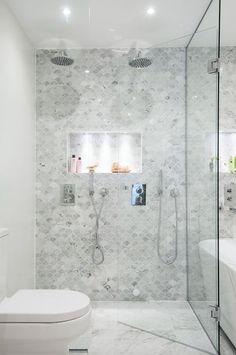 Carrara Marble Fish Scale Honed Mosaic 310x305 – Tiles Republic