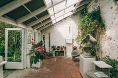 , 12 incredible artists' homes you can visit , 10 incredible artist homes you can visit - Barbara Hepworth Studio St Ives. Barbara Hepworth, Outdoor Spaces, Outdoor Decor, Backyard, Patio, St Ives, Green Art, Famous Artists, Home Interior